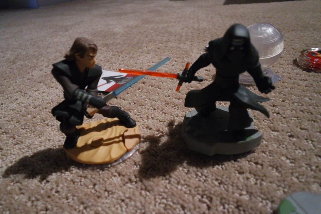 Star Wars The Force Awakens characters are now a part of the Disney Infinity universe!