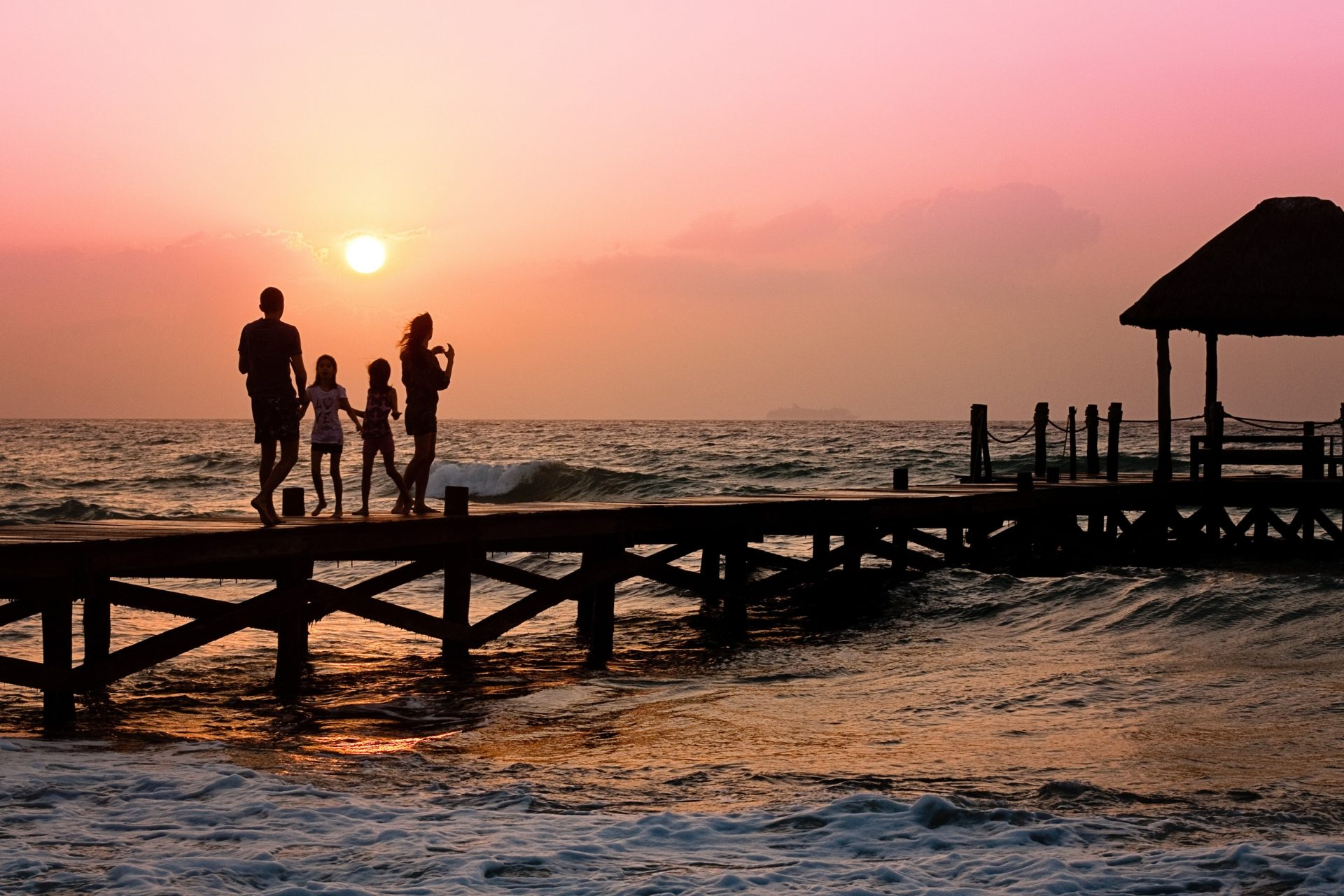 4 Tips When Choosing Travel Accommodation As A Family - Dad of Divas