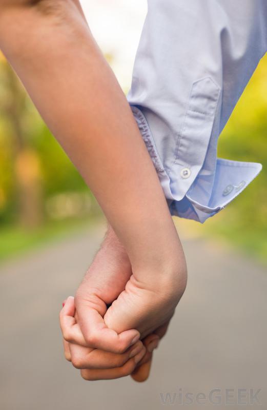 Holding Hands- how to be a better husband - http://www.dadofdivas.com