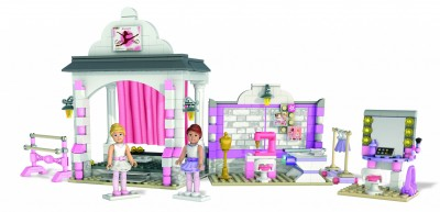 American Girl Expands Into Construction Toys for Girls with Mega Bloks American Girl building sets