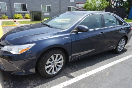 A review of the 2016 Toyota Camry Hybrid