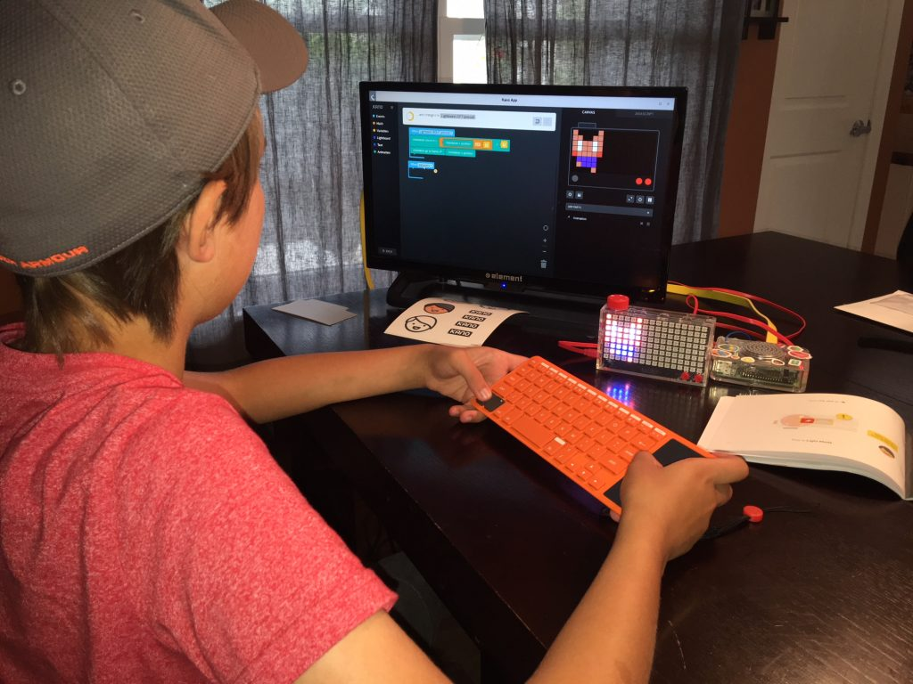 The Pixel Kit is a fun way to learn how to code, simply connect it to any computer and follow the step-by-step challenges to get started. Creators can create characters, make them run and jump, make spaceships swerve, balls bounce and keep track of scoreboards.