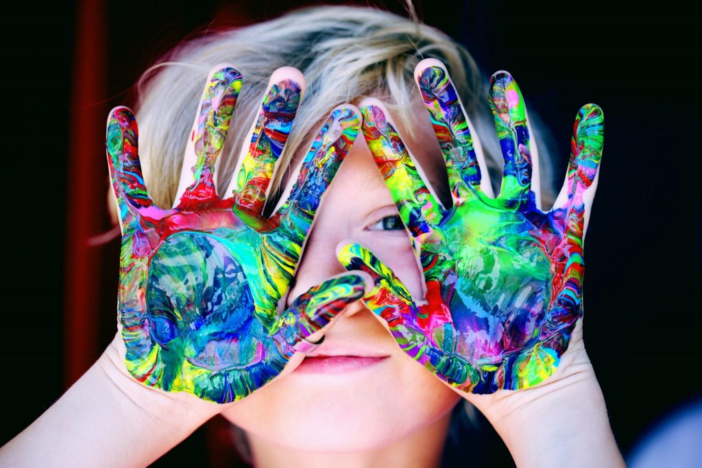Easy Ways to Get Your Kids Involved with Arts and Crafts